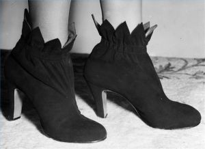 Cool Shoes From The 1940's.